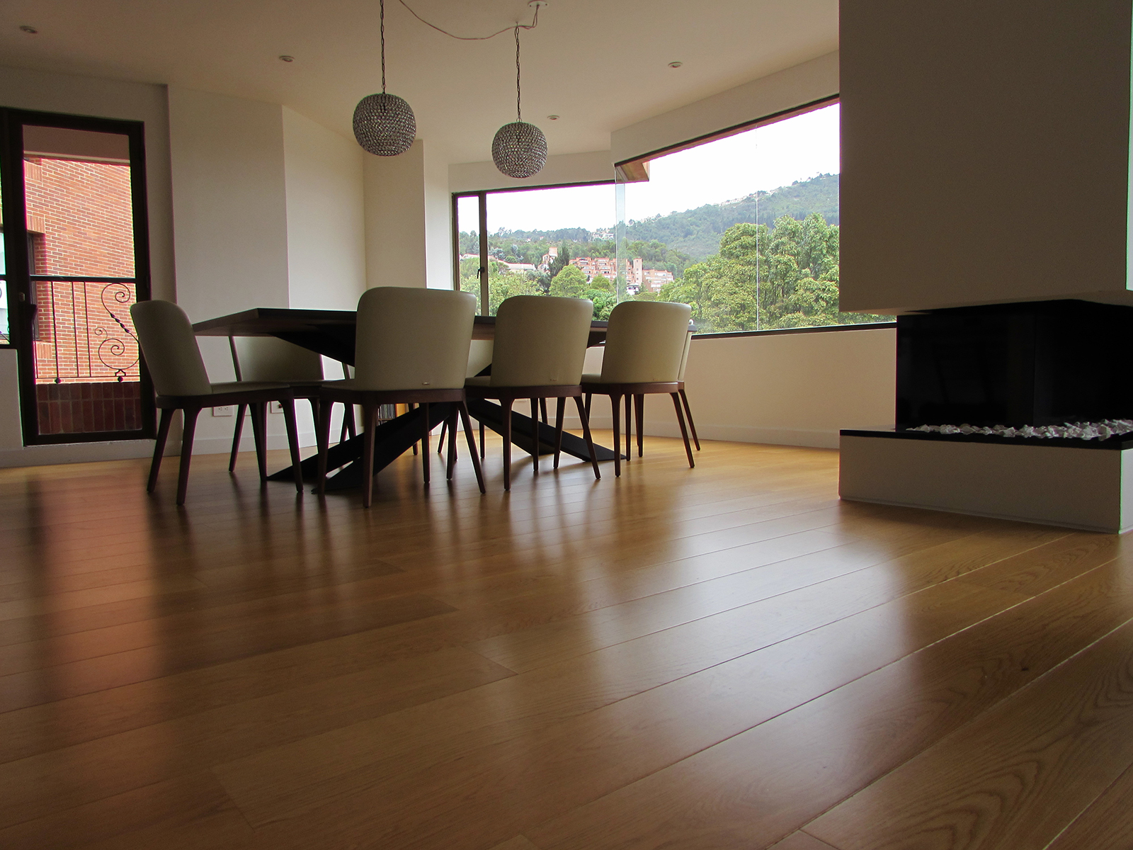 High Specification Engineered Wood Flooring - Natural Oak
